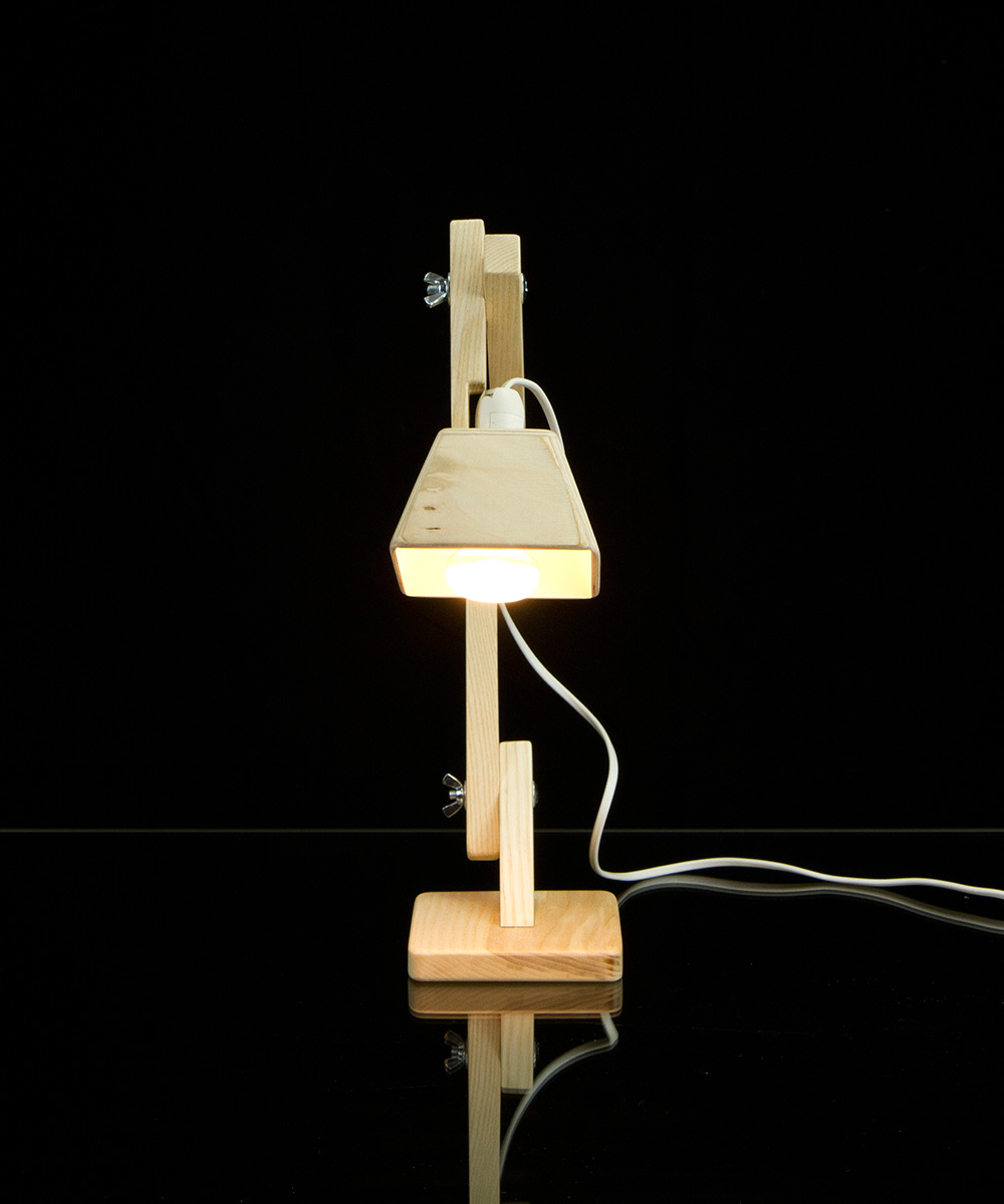 BlackGizmo Handmade Table Lamp