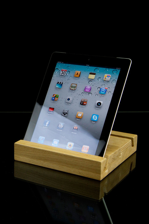 Hand-crafted, with elegance ipad stand